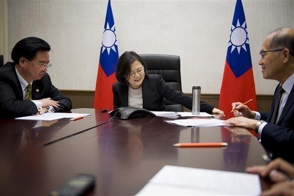 應視台灣為正常國家 美前官員籲:舉行「川蔡會」!