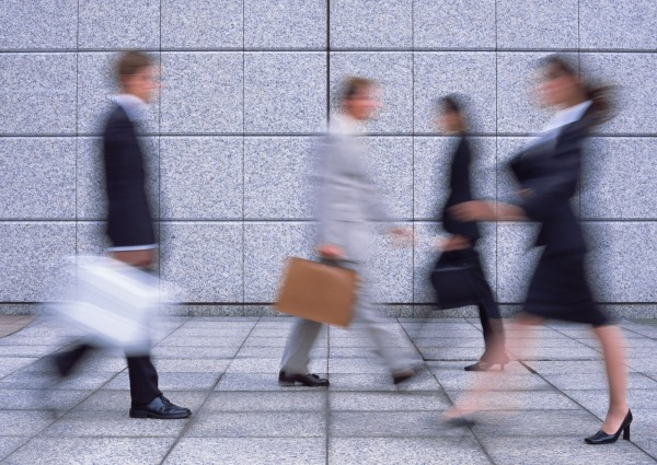「世界經濟論壇」(WEF)今(18)日發布2018年版《全球性別差距報告》,報告指出,要完全消除全球職場性別鴻溝得再等202年。(情境照)