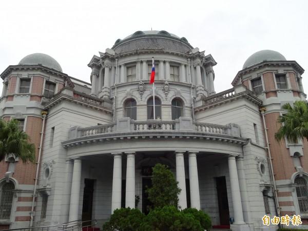 2015年11月,台南市崇明國中發生一起國三女學生跳樓重傷事件,監察院(見圖)認為校方及台南市教育局當時的處理有違失,今天糾正校方及教育局。(資料照)