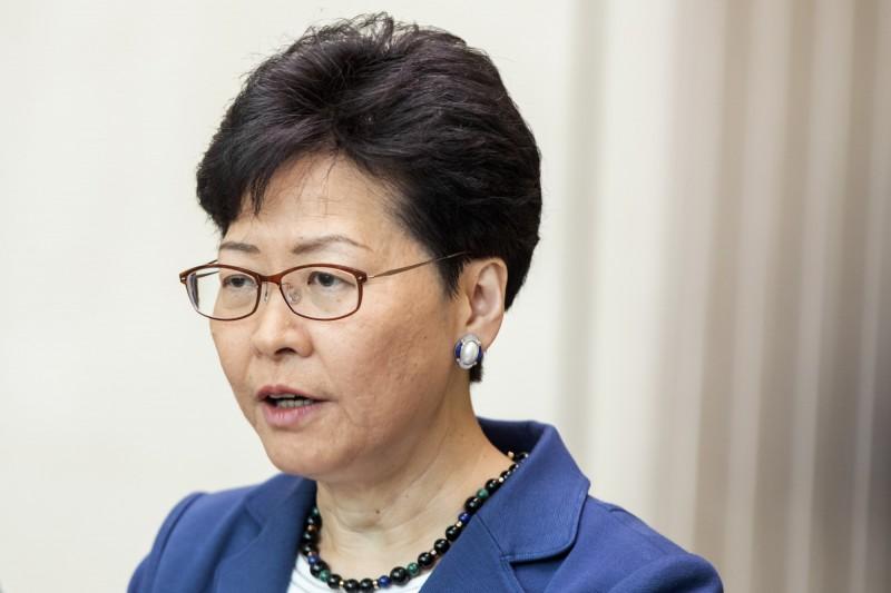 香港特首林鄭月娥今天(12日)在受訪時強調,自己並未出賣香港。(彭博)