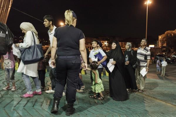 斯洛伐克官員表示只接受敘利亞難民中的基督徒,不接受穆斯林信仰者。圖為一批敘利亞難民。(法新社)