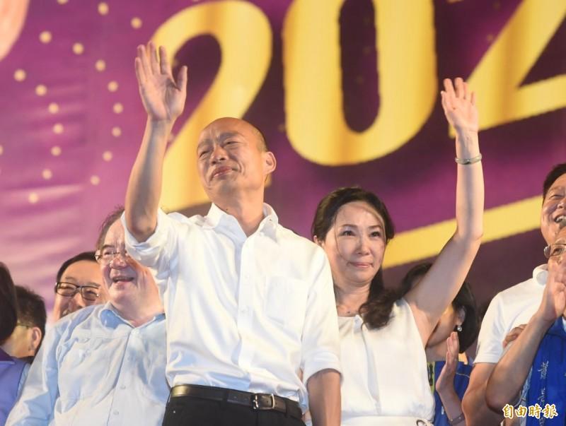 國民黨總統參選人韓國瑜日前嗆「他奶奶的」「放馬過來,恁爸等你」,引發譁然。(資料照)