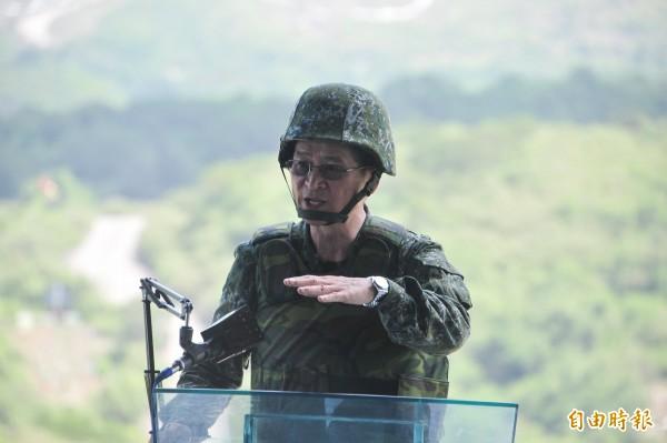 參謀總長嚴德發上將11月底因屆齡必須退伍,但目前已有軍中人士看好嚴德發日後有可能接任部長。(資料照,記者蔡宗憲攝)