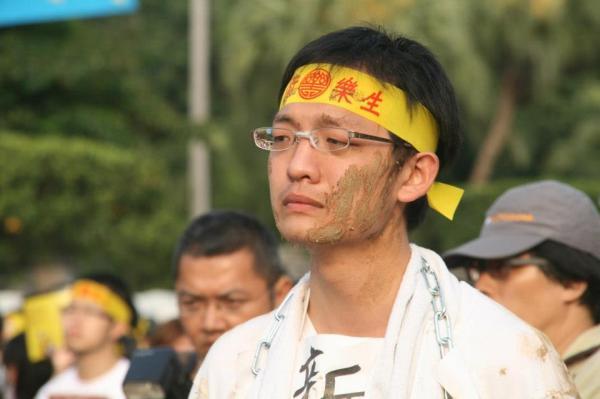 台大學生洪崇晏積極參與社會運動,包括去年5月24日的抗議警察過勞行動。(資料照,圖由洪崇晏提供)