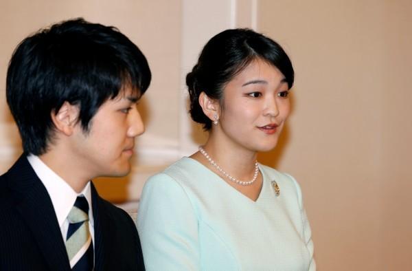 日本真子公主和小室圭的婚事停擺,兩人沒有進行「納采之儀」,因此還不算是未婚夫妻。(路透)