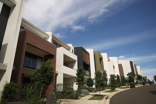 雪梨房價已暴漲到民眾平均年薪的14倍。(彭博社)