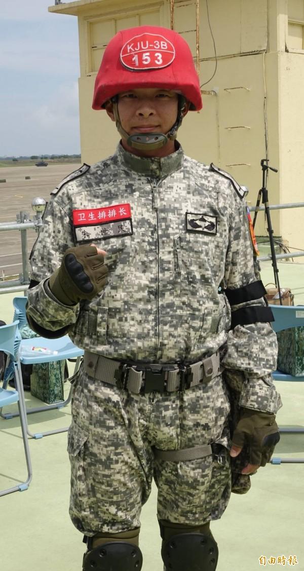 第一時間參與搶救秦良丰的少尉醫護組長朱世民。(記者劉信德攝)