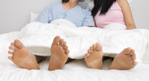 檢方認為,廖女在沒警方陪同的情況下,自行保存旅館內床單、衛生紙等,是有瑕疵的證物,難以認定俞男、黃女發生姦淫行為,予以不起訴處分。(情境照)