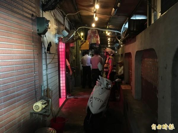 基隆知名紅燈區鐵路街「泰妹」賣淫3度開張被抄。(資料照)