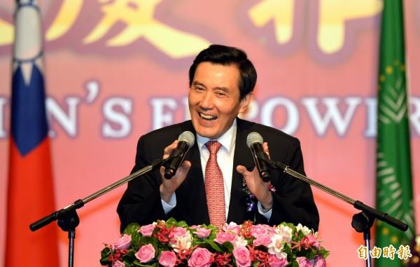 馬英九回答美方學者提問時,公開質疑可能成為未來台灣領導人的民進黨主席蔡英文,是否會繼續維持不統、不獨的兩岸現狀。(資料照,記者方賓照攝)