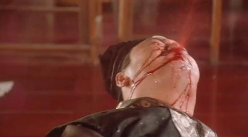 總統馬英九自嘲先前對聯沒人回,立刻獲得鄉民神回,讓其他網友笑稱馬英九要是看到,肯定會像周星馳電影《唐伯虎點秋香》的「對穿腸」一樣吐血。(照片擷取自網路)