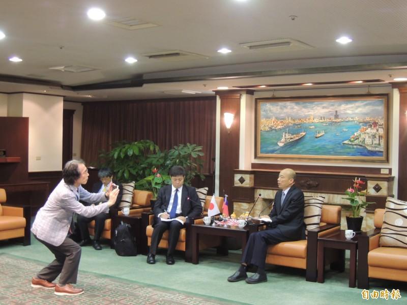 韓國瑜6日會見東京大學兩岸關係權威學者,席間韓向對方探討影視、體育等話題,被范世平罵爆。(資料照)