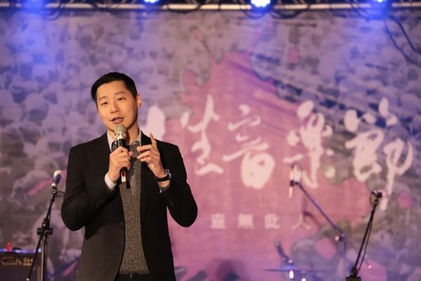 林昶佐接受《華郵》專訪,大談台灣獨立、中國壓力與台美關係等議題。(林昶佐辦公室提供)