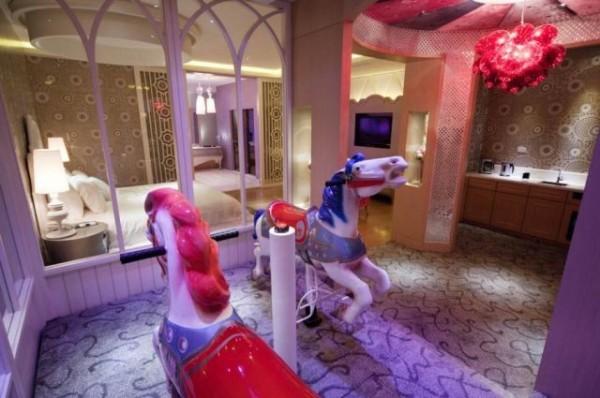近日中國遊客非常喜歡使用日本情趣賓館。(圖片擷取自網路)