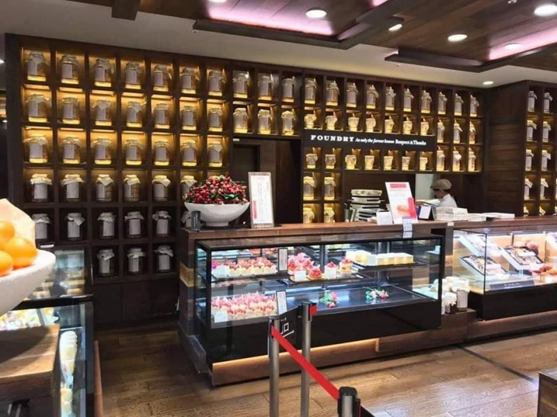 友傳大阪甜點店照 他驚:你去看塔位?