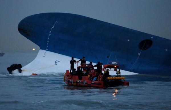 南韓水原地方法院今(14)日宣判,國家和船務公司對世越號船難「應對不力」,應承擔賠償責任。(路透)