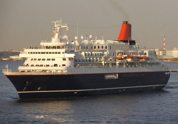 日本丸為高級豪華郵輪,竟傳出船長酒駕意外。(圖擷自維基百科)