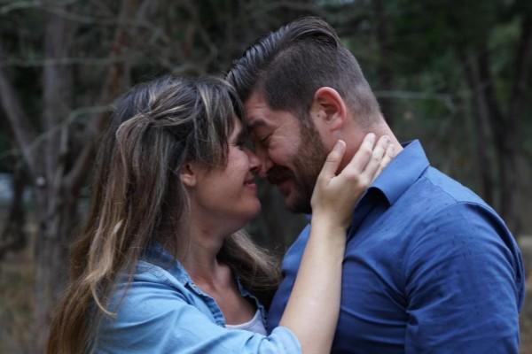 唐妮在克服病症的期間,在一場喜劇表演中結識現在的男友威廉(William),她在與男友的相處之中,感受到「性」這件事原來也可以很美好。(圖擷取自臉書)