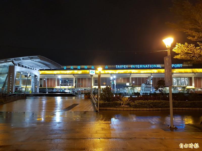 國防部上校傳在松山機場捷運站發酒瘋。(即時新聞攝)