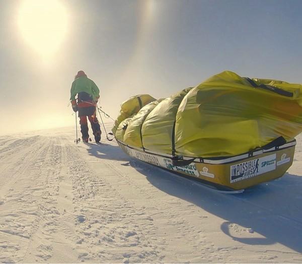 奧布雷迪上月3日出發,每天拖著170公斤的裝備和雪橇,滑走12到13個小時。(美聯社)