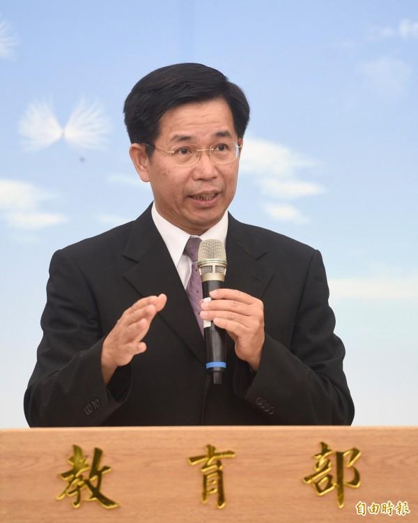新任教育部長潘文忠21日上午舉行上任記者會,就未來教育政策進行説明。(記者叢昌瑾攝)