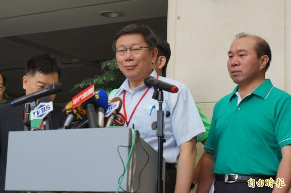台北市長柯文哲此回赴上海參加雙城論壇,卻未見到上海市委書記或國台辦高級官員,對此柯說,客隨主便。(記者涂鉅旻攝)