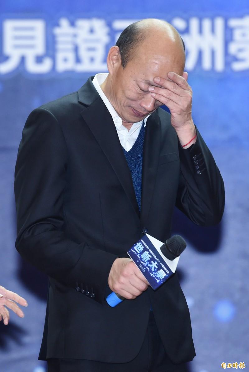 韓國瑜今(3)日前往議會備詢,被詢問到最近引起不少風波的自由經濟示範區時,韓頻頻回答「發大財」,一問三不知、不停跳針的狀況引起質詢的市議員相當不滿。圖為韓國瑜。(資料照)