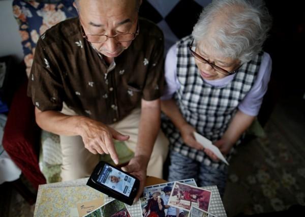 日本厚生勞動省最新調查結果,顯示國內百歲老人首度突破7萬人,其中女性高達近9成。(路透)
