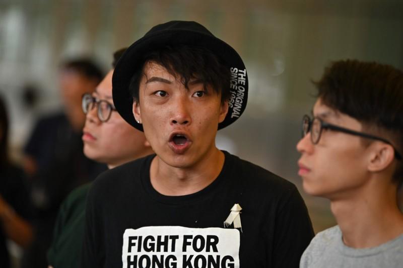 召集人岑子杰(如圖)認為警方提出的遊行路線限制,將導致屆時難以疏散大量人潮。(法新社)