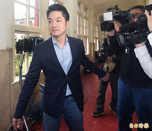 国民党中生代明星、立法委员蒋万安被蓝营寄予厚望,他身为蒋家第4代,但这个身分第一次不是经由父母得知,而是10岁时被一位老师告知。(资料照)