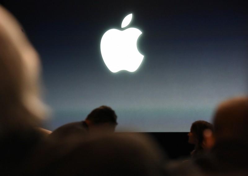 英國媒體發現,盜版軟體商已經劫持了蘋果公司設計的技術,在iPhone上散布駭客版本的Spotify、憤怒鳥(Angry Birds)、精靈寶可夢(Pokemon Go)和Minecraft等知名熱門應用軟體。(彭博資料照)