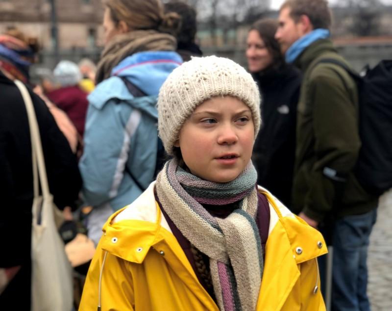 全球關注氣候變遷,16歲的瑞典女孩桑柏格啟發全球學生走出校園。(路透)