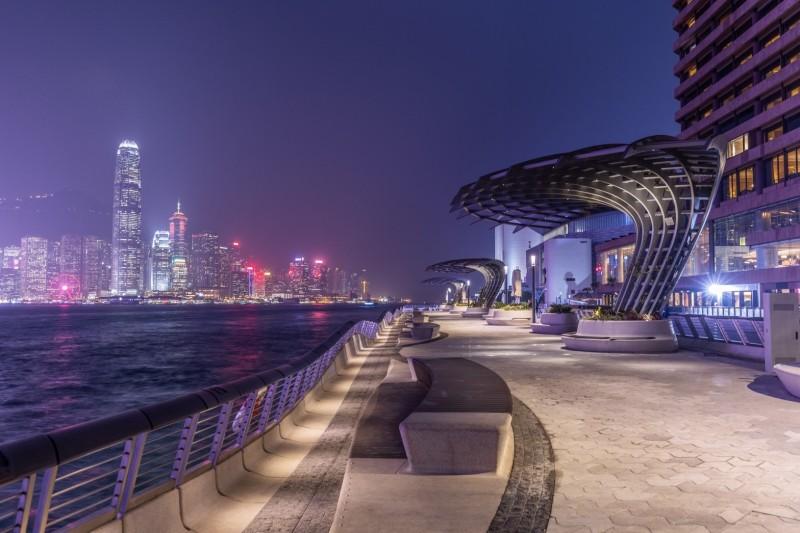 中共頒《綱要》給香港送大禮?港會計師:為一帶一路融資而來。圖為香港尖沙咀。(香港旅遊局提供)