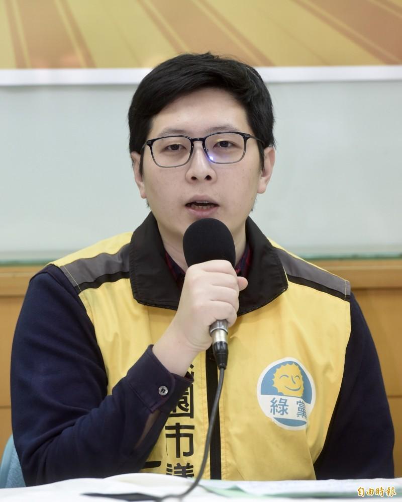 桃園市議員王浩宇日前爆料高雄市長韓國瑜在任職北農總經理期間,曾與果菜公司「國台網」進行餐敘,被懷疑是接待中國相關人士。(資料照)