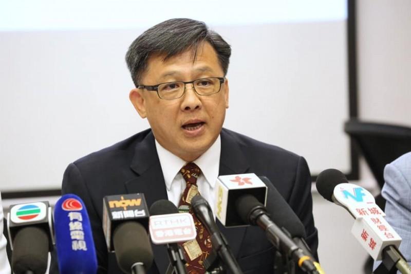 何君堯曾表示,如果示威者來元朗,就要將他們打得「片甲不留」。(圖擷取自臉書_何君堯)