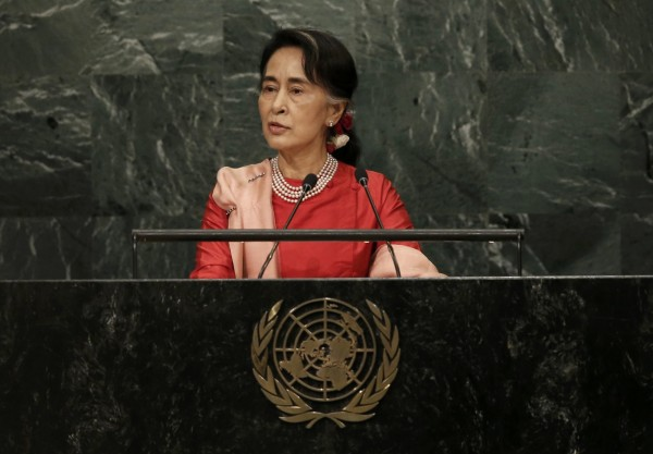緬甸實質領導人翁山蘇姬當年獲得諾貝爾和平獎時是遭到監禁的,近期她因羅興亞危機而引發外界質疑。(資料照,路透)
