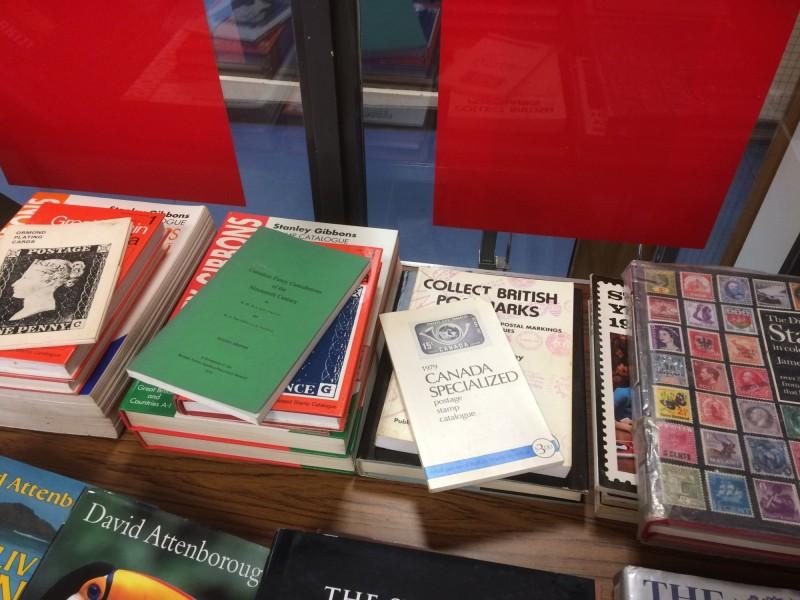 英國斯托夫特圖書館收到一本逾期52年的書籍,借書人附上100英鎊(約新台幣4000元)繳交逾期罰金,但其實罰款只有33英鎊10先令(約新台幣1318元)而已。圖為斯托夫特圖書館一景。(圖擷自Lowestoft Library臉書)