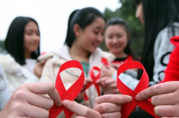 據衛福部最新調查指出,截至去年底為止,去年我國愛滋感染者新增了2330起案例,累積人數達到3萬1036人(法新社)