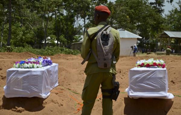 坦尚尼亞10名兒童去年12月陸續被綁架,如今尋獲他們的遺體,但大部分受害者的生殖器遭到切除,牙齒也被拔除。坦尚尼亞警察示意圖。(美聯社)