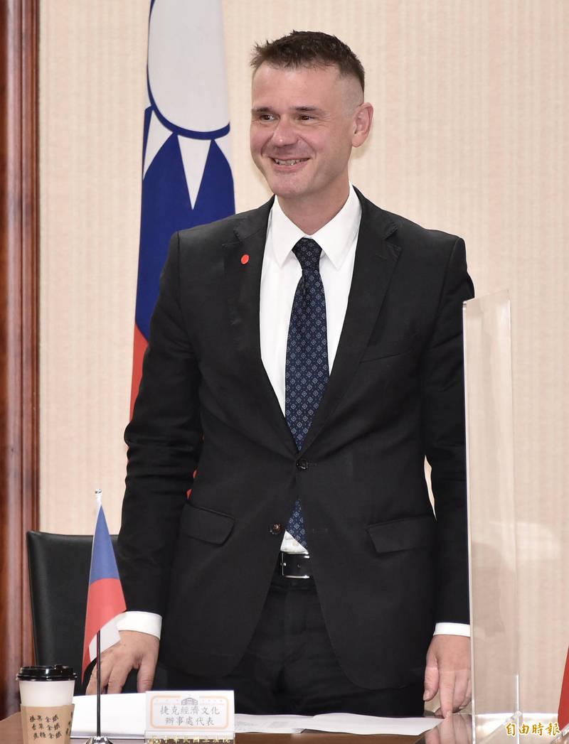 捷克經濟文化辦事處代表Mr. Patrick Rumlar 出席立法院今17日舉辦「中華民國與捷克、西班牙國會友好聯誼會」成立大會。(記者塗建榮攝)