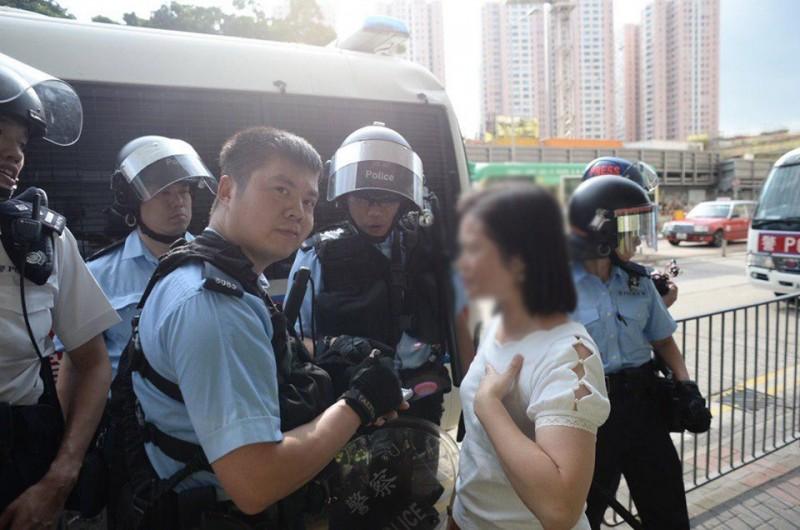 香港反送中運動持續至今超過3個月,網路上傳出現場有年僅11歲的男孩遭警方拘捕,至今仍下落不明。(圖擷自USP United Social Press 社媒臉書)