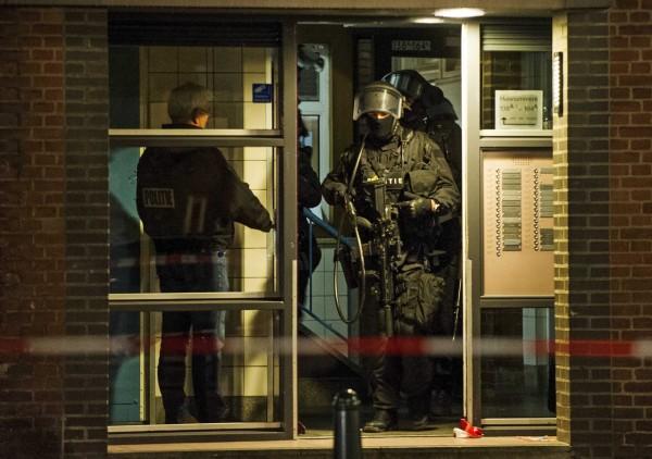 荷蘭警方今日在鹿特丹逮捕一名涉嫌計畫攻擊法國的嫌犯。(荷蘭國家通訊社)