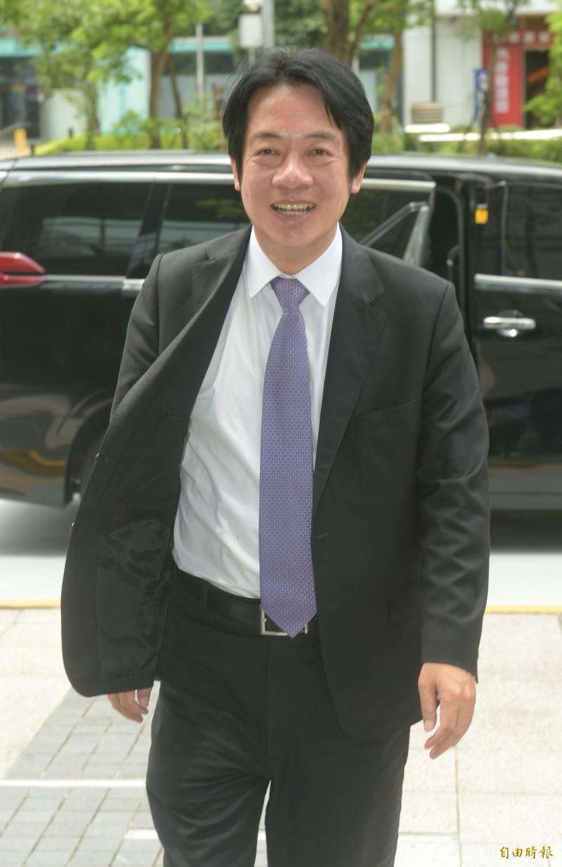 前行政院長賴清德27日參加Yahoo! TV直播節目。(記者張嘉明攝)