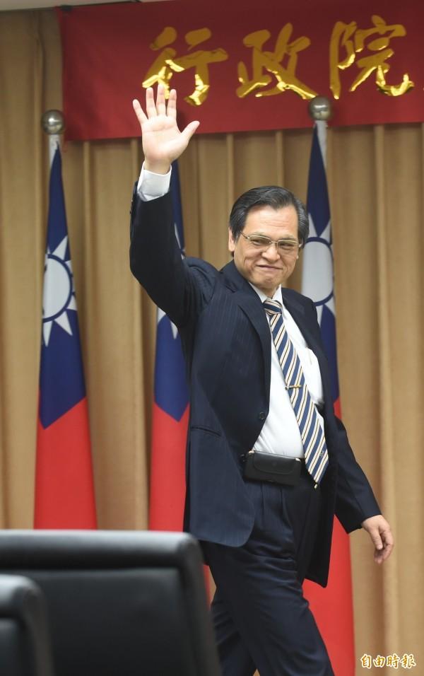 陸委會主委陳明通今天上任,他在交接典禮致詞時表示,他是歷屆陸委會主委中,擔任主委以前去過大陸,而且是去過最多次的人。這些寶貴的經驗,都將轉化成個人未來在工作崗位上。(記者劉信德攝)