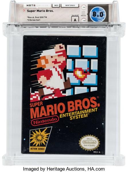 1985年未開封的超級瑪利歐兄弟遊戲卡匣,售價達到了10萬150美元(約新台幣308.5萬元)。圖為同款但保存狀況評分較低的卡匣。(圖擷自Heritage Auctions官網)