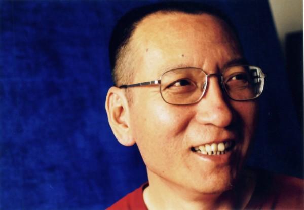 中國知名維權人士劉曉波當年在獲得和平獎時也是遭到監禁的,他今年因罹患肝癌末期病逝。(資料照,歐新社)
