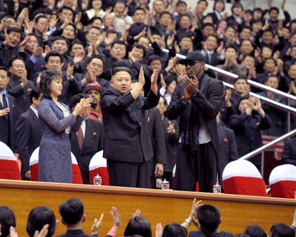 NBA前球星「小蟲」羅德曼自2013開始,已6度踏上北韓的土地,帶領NBA退役球員、美國哈林籃球隊去平壤參加表演賽,與金正恩建立不錯的私交。(路透)