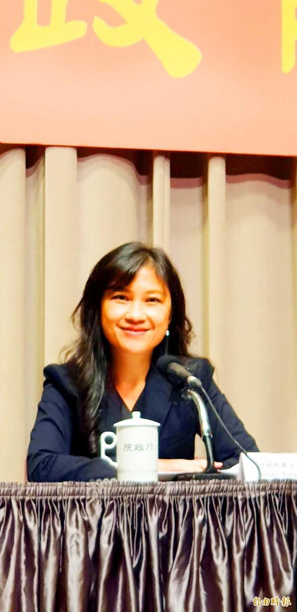 Executive Yuan spokeswoman Kolas Yotaka smiles during a news conference at the Executive Yuan in Taipei yesterday. Photo: Lee Hsin-fang, Taipei Times
