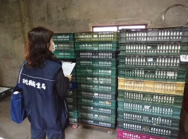 中央日前公佈彰化縣8家捲入芬普尼雞蛋事件的畜牧場,其中1家畜牧場的雞蛋,疑流向全聯超市。(圖彰化縣衛生局提供)