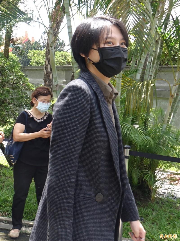 民進黨立委賴品妤到前總統李登輝追思會弔唁。(記者王藝菘攝)